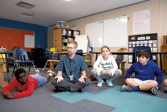 Michael Kellogg storytelling in his Williston Central School 3rd and 4th grade class - OLIVER PARINI