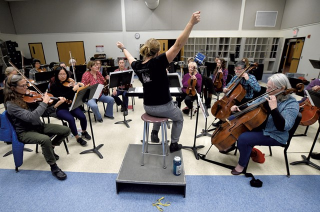 Anne Decker conducting a rehearsal of the Montpelier Chamber Orchestra - JEB WALLACE-BRODEUR