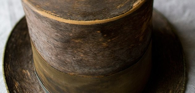Abraham Lincoln's top hat, one of the Smithsonian's 101 historically important American objects - SMITHSONIAN INSTITUTION