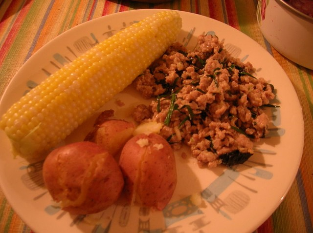 dinner_plate_2.jpg