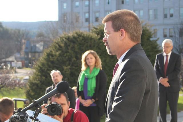 House Speaker Shap Smith announces he's suspending his gubernatorial bid - PAUL HEINTZ