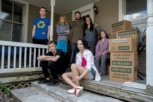 Jeremy and Jennifer Pratt and their five children with cases of MREs - JAMES BUCK