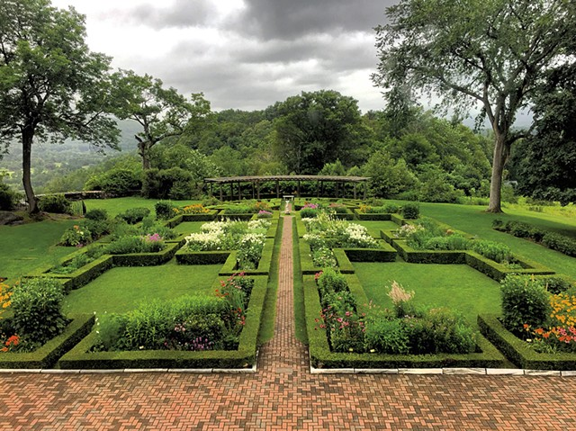Formal garden - COURTESY OF HILDENE, THE LINCOLN FAMILY HOME