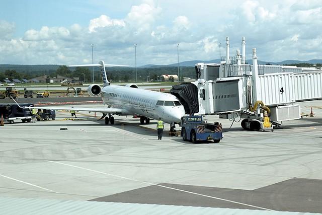 Burlington International Airport - COURTNEY LAMDIN ©️ SEVEN DAYS