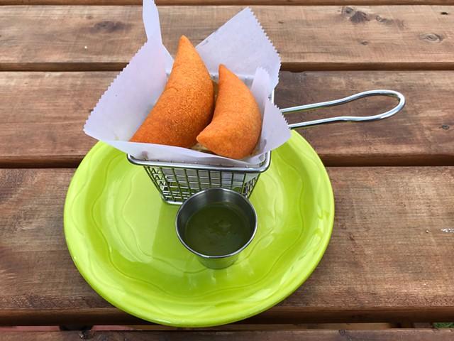 Empanadas at Burt's Irish Pub - SALLY POLLAK ©️ SEVEN DAYS