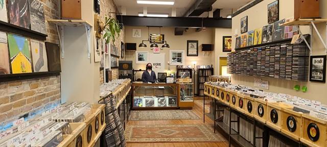 Ian Doerner of Burlington Records - JORDAN ADAMS ©️ SEVEN DAYS