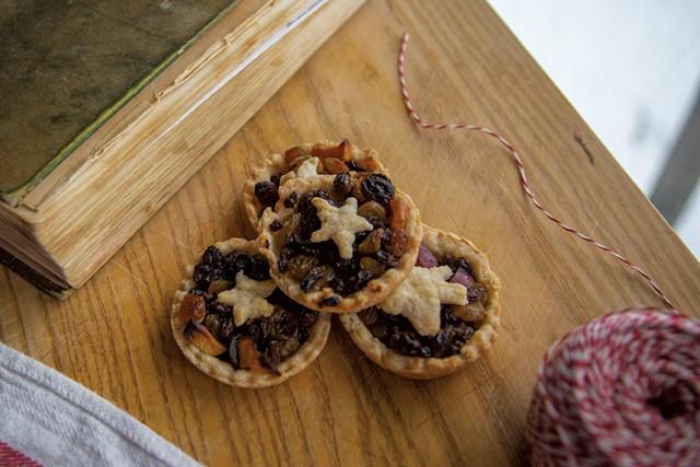 Mincemeat tarts - JORDAN BARRY ©️ SEVEN DAYS