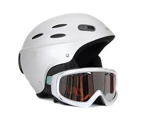 Helmet and ski goggles - © TOMBAKY | DREAMSTIME.COM