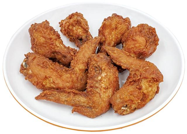 Chicken Wings - © CREATIVETHETIDE | DREAMSTIME.COM