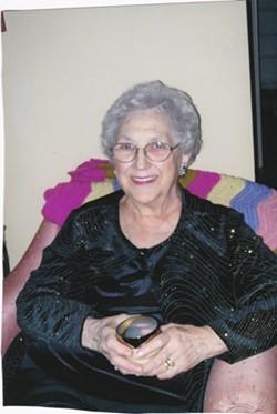 Theresa 'Lorraine' Rhodes (Bleau)