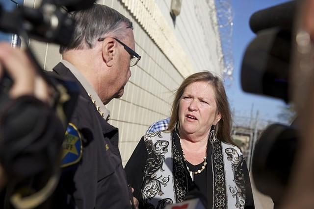 Jane Sanders and Maricopa County Sheriff Joe Arpaio at the jail - ELIZABETH STUART/PHOENIX NEW TIMES