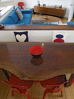 Hand-finished slab dining table - MATTHEW THORSEN