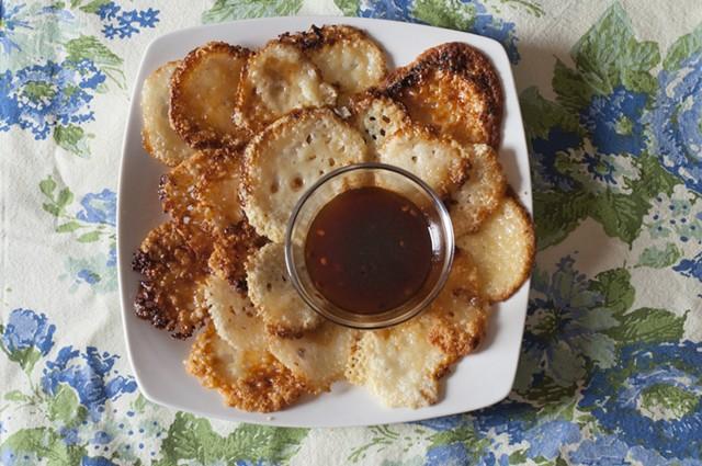 Maple-cheddar crisps - HANNAH PALMER EGAN