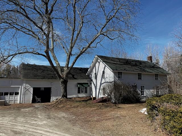 Farmhouse on Webster Road in Shelburne - KEN PICARD ©️ SEVEN DAYS