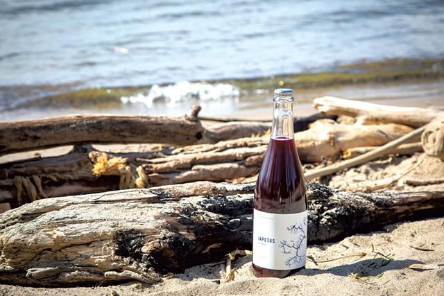 A bottle of Iapetus Tributary - JORDAN BARRY ©️ SEVEN DAYS