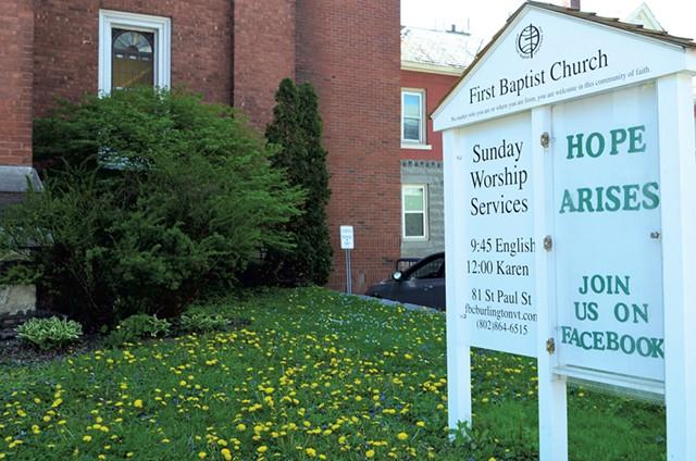 First Baptist Church in Burlington - SASHA GOLDSTEIN ©️ SEVEN DAYS