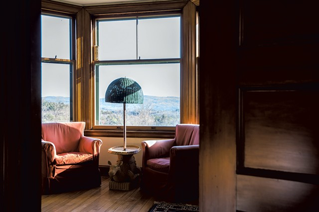 A seating area with a view toward Mount Monadnock - COURTESY OF KELLY FLETCHER PHOTOGRAPHY