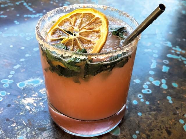 Rhuby Slippers cocktail at Starry Night Café - JORDAN BARRY ©️ SEVEN DAYS