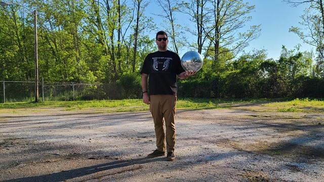 DJ Disco Phantom - JORDAN ADAMS ©️ SEVEN DAYS