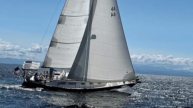 The Pathfinder sailing on Lake Champlain - COURTESY OF WENDY FRIANT