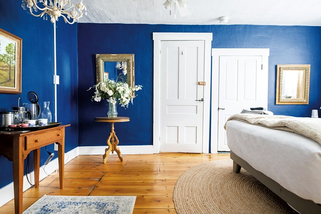 The two-bedroom suite - DANIELLE VISCO | COURTESY OF CRAFTSBURY FARMHOUSE