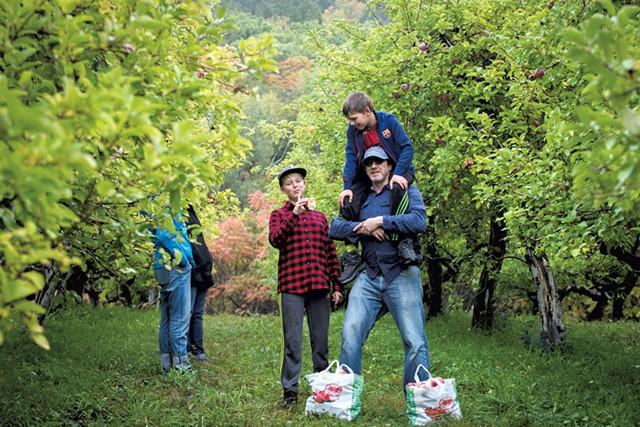 Scott Farm Orchard apple picking - COURTESY OF SCOTT FARM ORCHARD