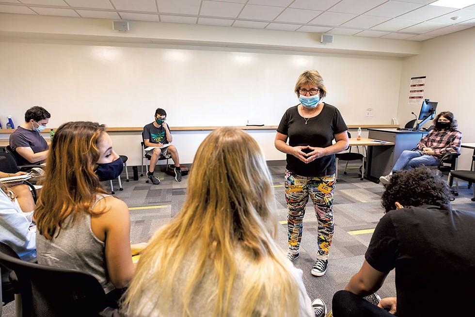 Dr. Kimberly Quinn in class - LUKE AWTRY