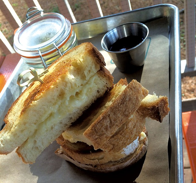 Grilled cheese - SUZANNE PODHAIZER