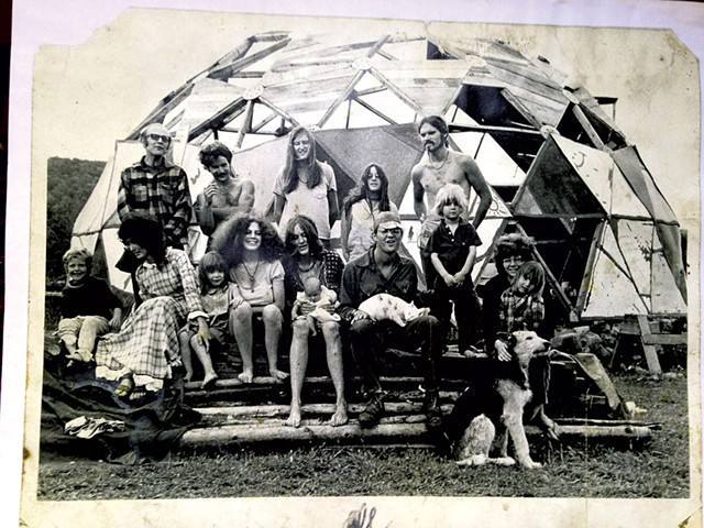 Mullein Hill commune, West Glover, 1971 - COURTESY OF LORAINE JANOWSKI/PUBLIC AFFAIRS