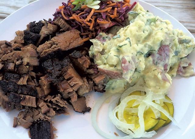 Beef brisket - SUZANNE PODHAIZER