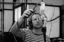 Simon at work in his Bennettsbridge workshop in the 1970s - COURTESY OF SIMON PEARCE, JOHN SHERMAN & GLENN SUOKKO