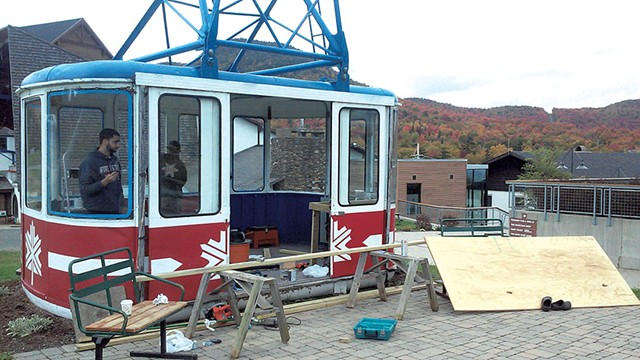 Miso Hungry's tram car