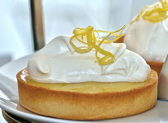 Lemon tart - SUZANNE PODHAIZER