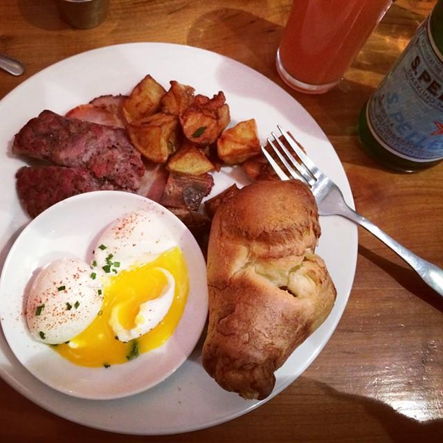 Rustic breakfast at Rustic Roots in Shelburne - JULIA CLANCY