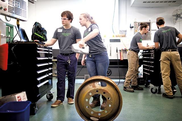 Inside Vermont Tech's advanced manufacturing laboratory - BEN DEFLORIO