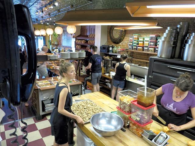 Stone Soup's open kitchen - MATTHEW THORSEN