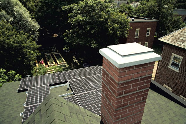 Sky Yardley and Jane Dwinell's rooftop solar array - MATTHEW THORSEN