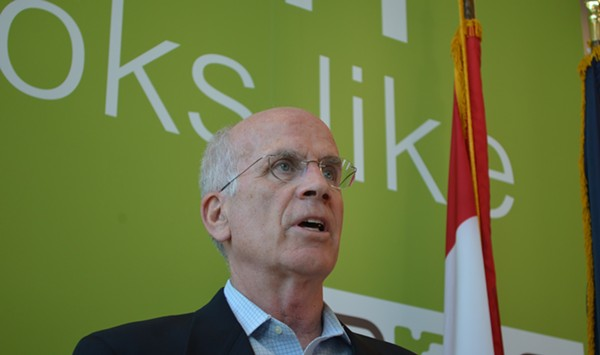 Peter Welch Calls for the Impeachment of Donald Trump