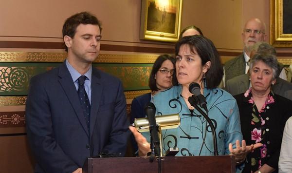 Overtime: Vermont Legislature Sets Stage for Veto Battle