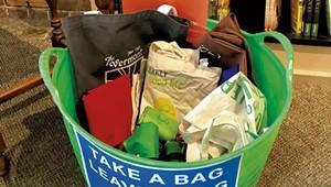 A Middlebury Bookstore Creates a Reusable Bag Share