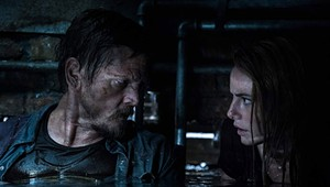 The Family That Kills Gators Together Stays Together in the Uninspiring 'Crawl'