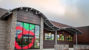 Healthy Living Market & Café Opens in Williston