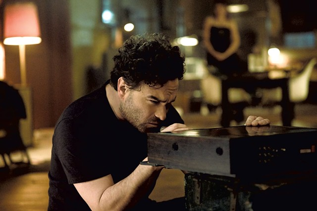 BE UNKIND, REWIND Galecki discovers the dangers of playing with obsolete technology in Gutiérrez's uninspired horror sequel.