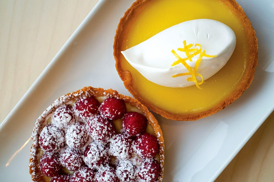 Lemon and raspberry tarts - JEB WALLACE-BRODEUR