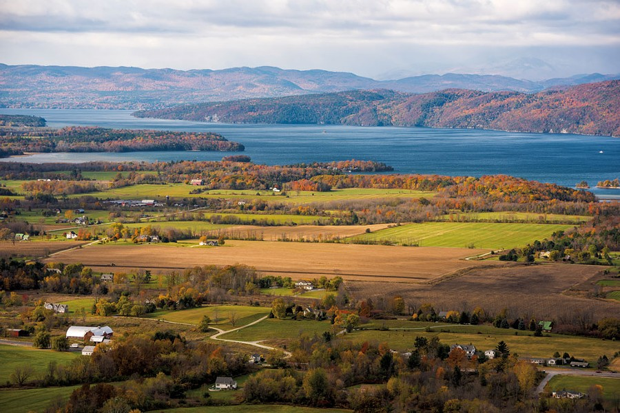 Western view from Mount Philo - NATHANAEL ASARO