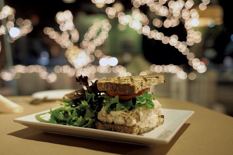 Tarragon chicken salad sandwich - SARAH PRIESTAP