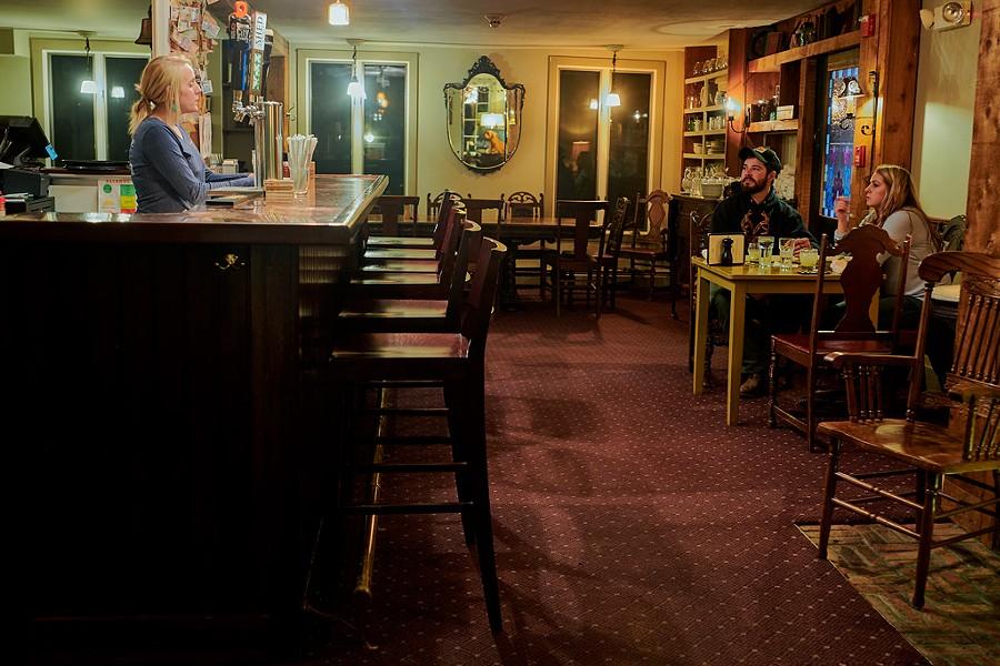 Shoreham Inn and Pub - BEAR CIERI