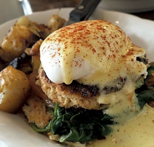 Crab cake Benedict - COURTESY OF SNEAKERS