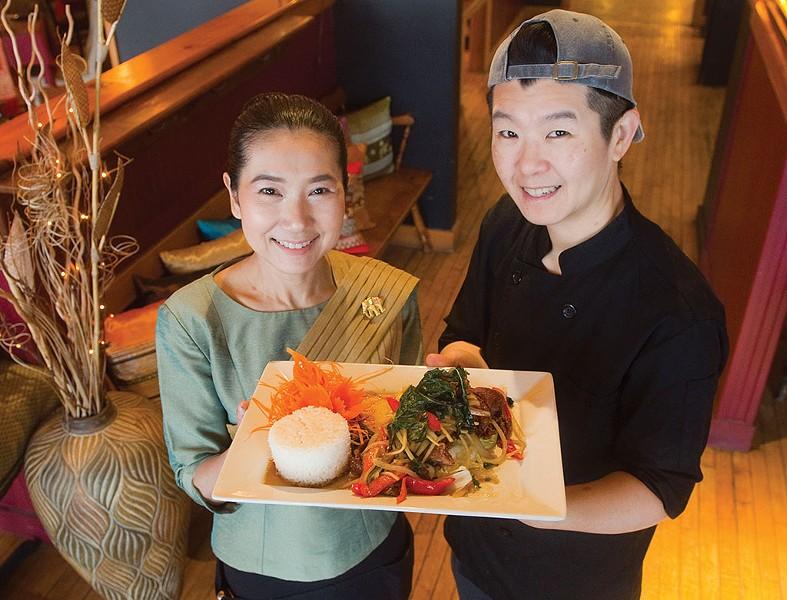 Dusit Thai Cuisine - JEB WALLACE-BRODEUR