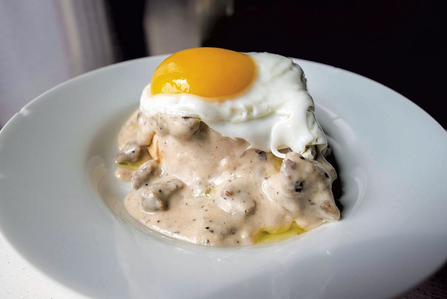 Cannabis-infused sausage and gravy - GLENN RUSSELL